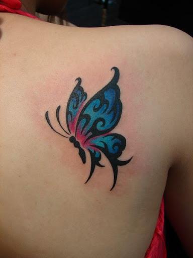 Borboleta azul em Volta da Tatuagem