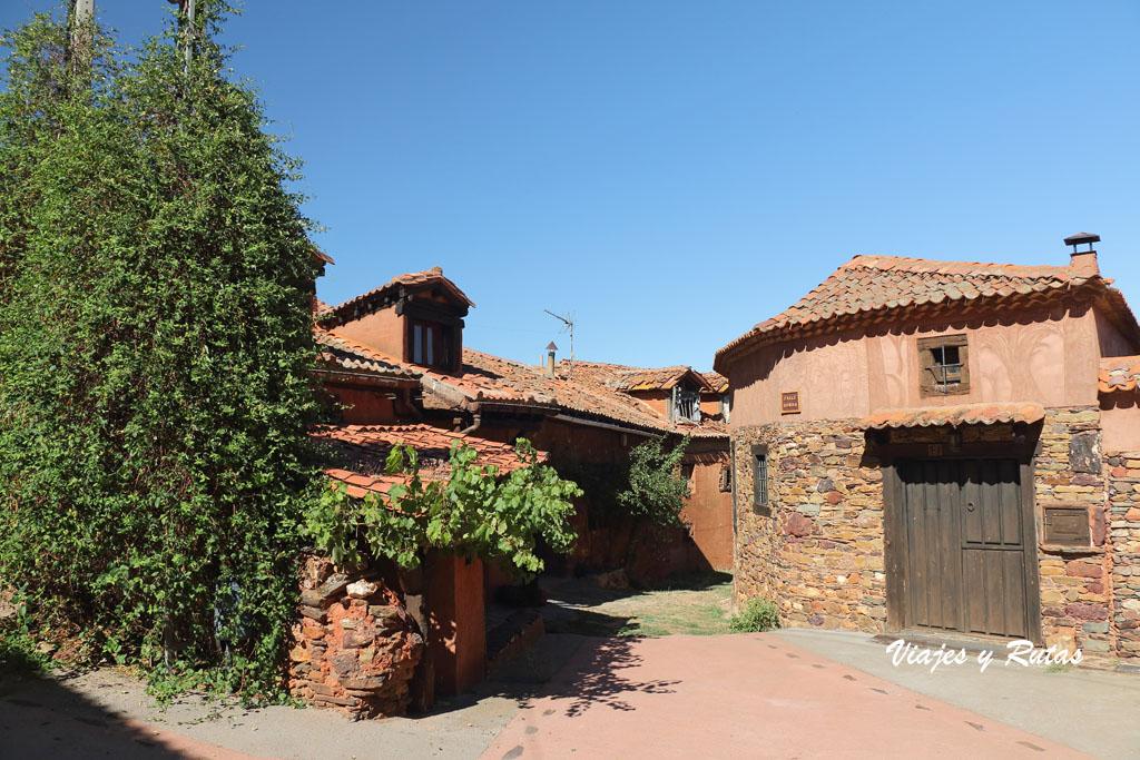 Pueblos rojos de Segovia