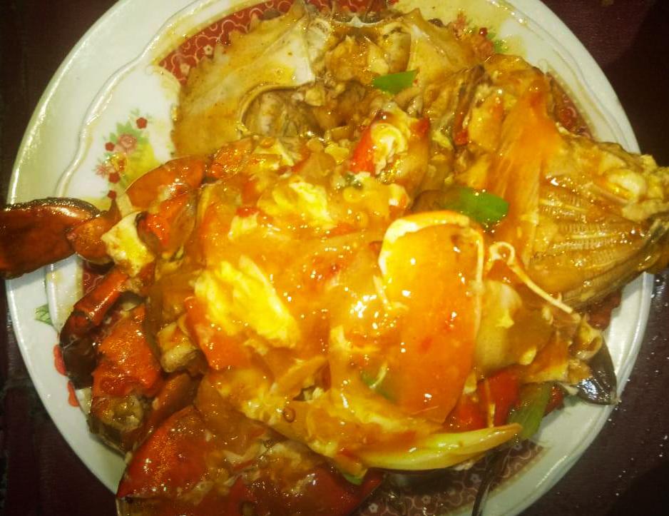 Menikmati kuliner seafood malam hari di kota Jogja