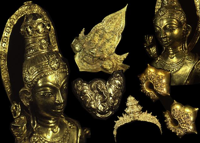 Roman Intelligent Ancient Bronze Artifact. Antiques