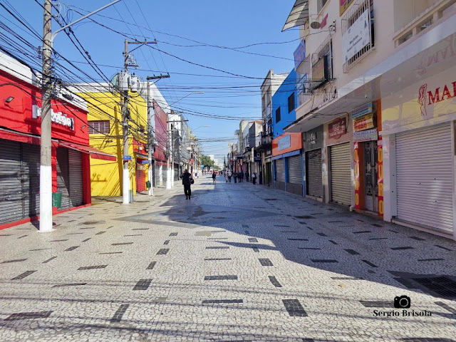 Vista de trecho da Rua Capitão Tiago Luz - Santo Amaro - São Paulo