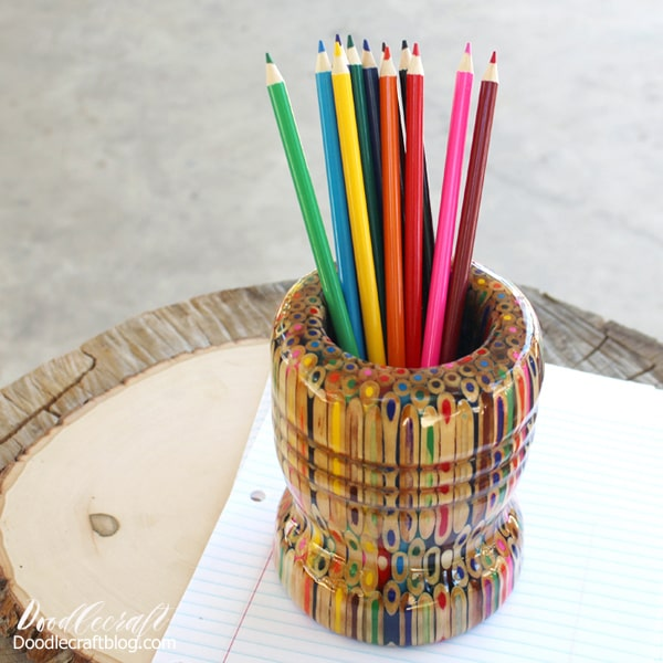 Make your own colored pencil vase with 216 colored pencils, easycast resin and a lathe for wood turning.