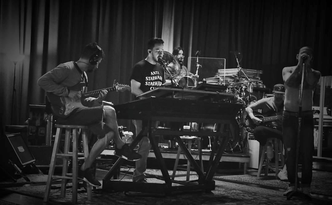 Linkin Park Cetak Rekor Enam Kali Bertengger Di Puncak