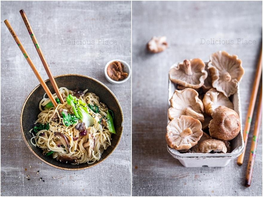 Makaron miso z grzybami shiitake