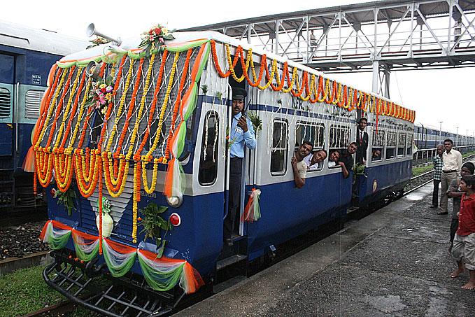 Railway Jobs Recruitment Notification 2016 (231 Railways Vacancy), RRB Recruitment 2016,Railway Jobs Vacancy - railways recruitment updates:Indian Citizen, who are searching and seeking job
