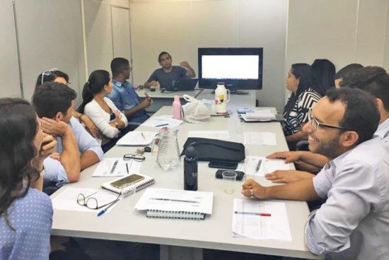 Alagoinhas: Prefeitura promove atividade de qualificação profissional para engenheiros da diretoria de obras e para a equipe técnica do SAAE