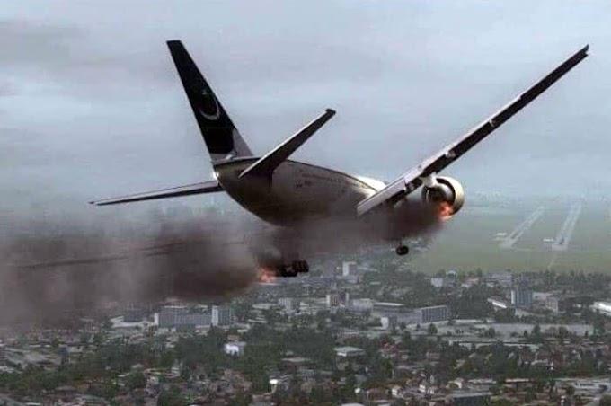 Rakaman Menggerunkan Saat Pesawat PIA Terhempas Menjelang Aidilfitri