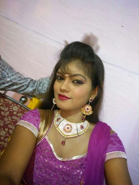 Bhojpuri Singer & Actress Nisha Dubey Hot Images