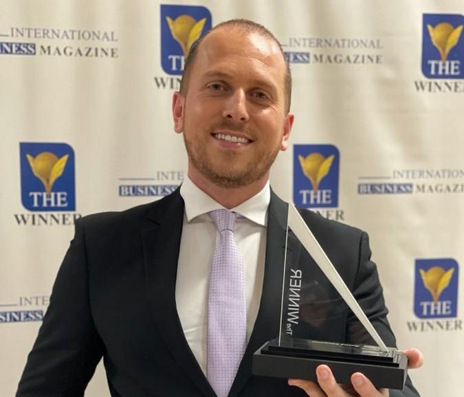 """Manlog Transportes é premiada com troféu """"The Winner Awards"""""""