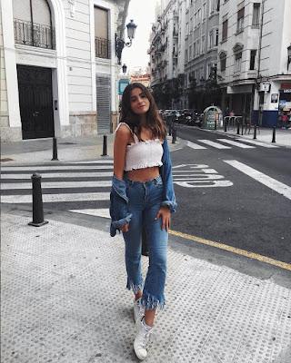 outfit casual de verano mezclilla con crop tops