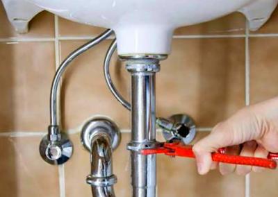 Cara Mudah Memperbaiki Tempat Cuci Piring yang Rusak