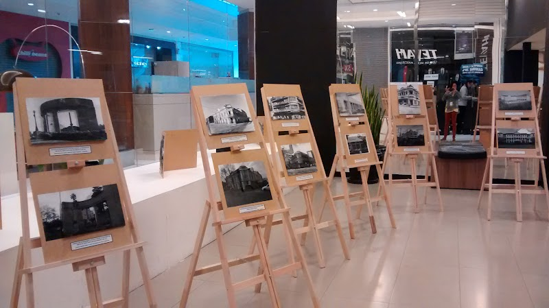 Shopping San Pelegrino sedia exposição dos alunos do La Salle Caxias