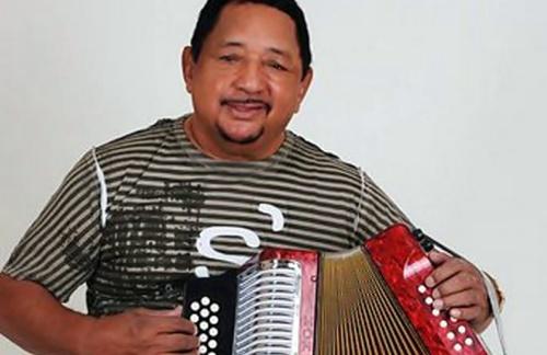 Lisandro Meza - Sonrieme