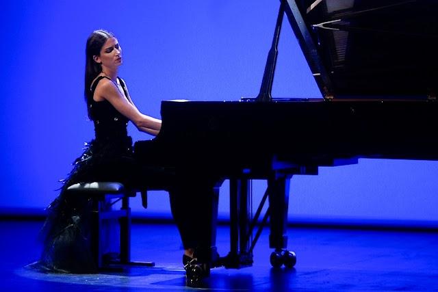 "ES NOTICIA. ""Eterna"", de la pianista Susana Gómez Vázquez, estrenó la temporada de otoño del Teatro Salón Cervantes"