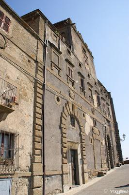 Parte del Palazzo Orsini di Bomarzo
