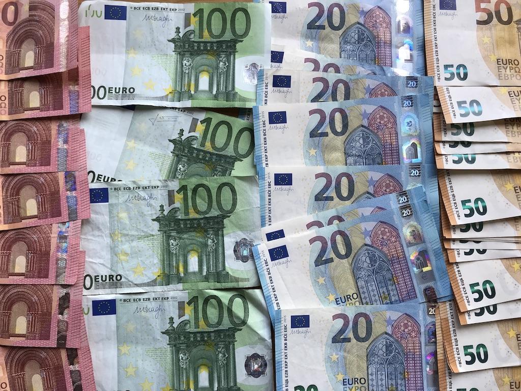 Cornucopia?: Bloggläsarnas lönestruktur 2019 ligger
