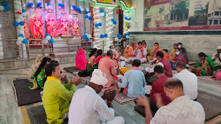 मैंहर मंदिर में हुआ संगीतमय सुन्दरकांड, राम नाम संर्कीतन | #NayaSaveraNetwork