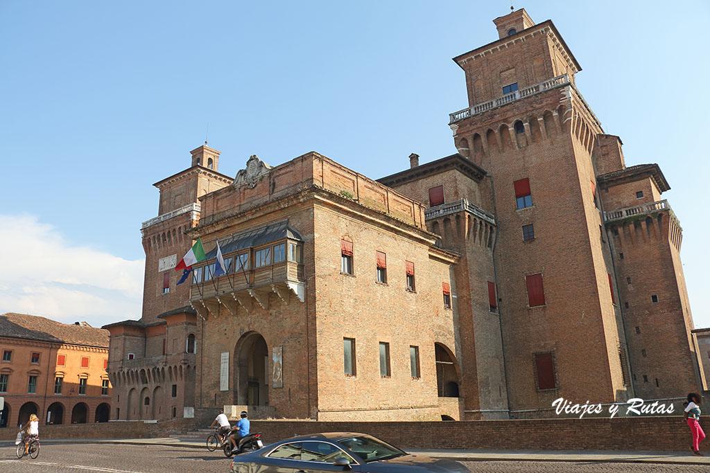 Castillo de los Este, Castillo Estense o Castillo de Sant Michelle de Ferrara
