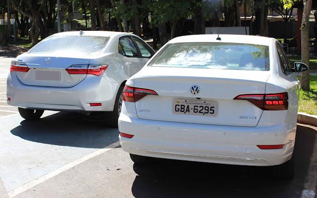 Toyota Corolla 2019 x VW Jetta 2019