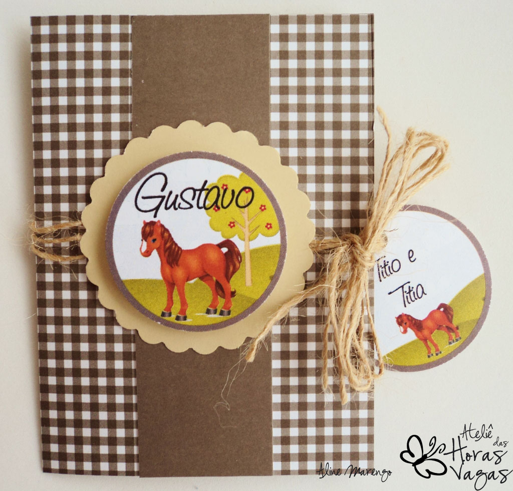 convite artesanal fazendinha cavalinho rústico infantil bebê marrom menino sítio cavalo