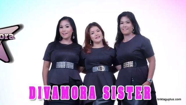Divamora Sister