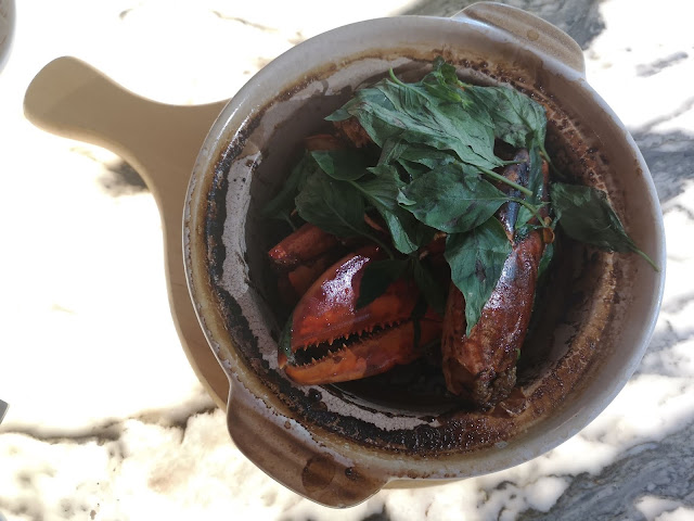 3 Cup Lobster in Claypot