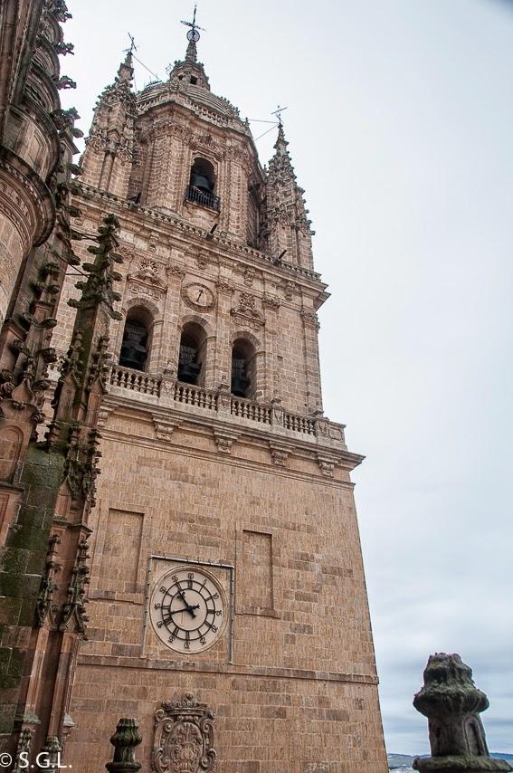 Torre del reloj catedral nueva de Salamanca