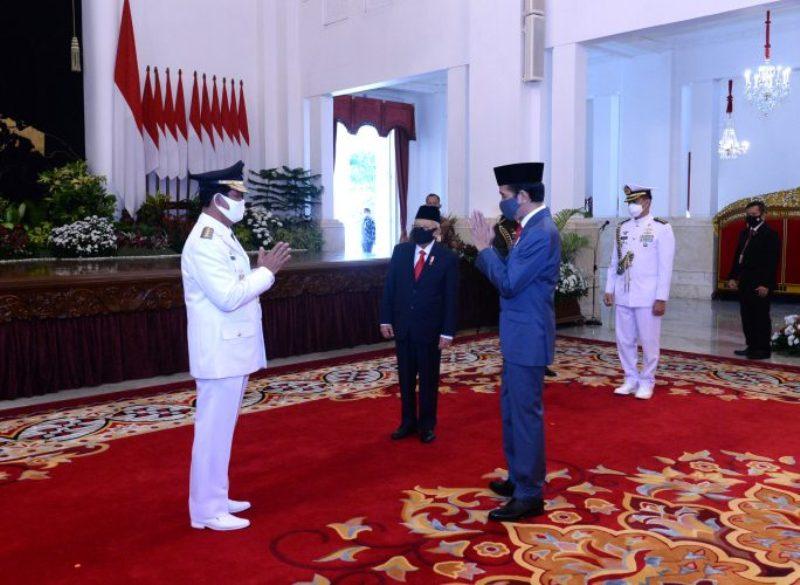 Usai Melantik Gubernur Riau, Ini Pesan Jokowi