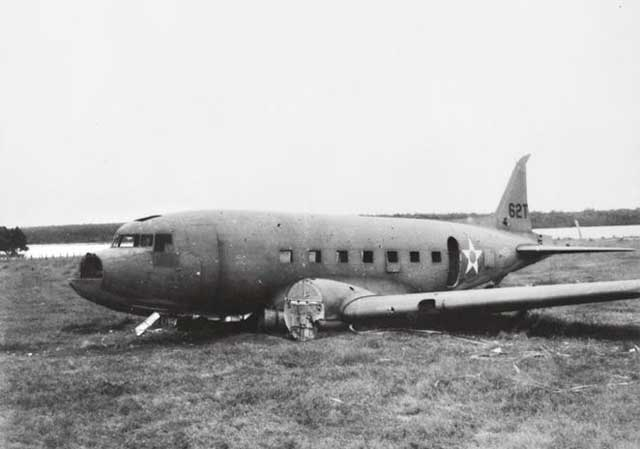A C-47 which had a rough landing on 4 February 1942 worldwartwo.filminspector.com