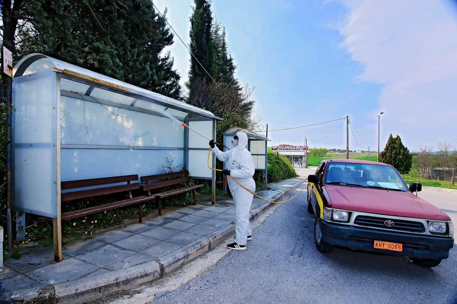 Δήμος Λαρισαίων: Απολυμάνσεις σε πλατείες, στάσεις Αστικού , ΑΤΜ τραπεζών