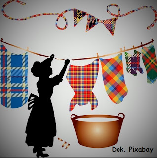 cara merawat pakaian lama tetap wangi dan lembut sepanjang hari, tips merawat pakaian lama tetap wangi dan lembut sepanjang hari, varian terbaru royale soklin, harga royale soklin, produk soklin yang wangi, pelembut soklin yang wangi.