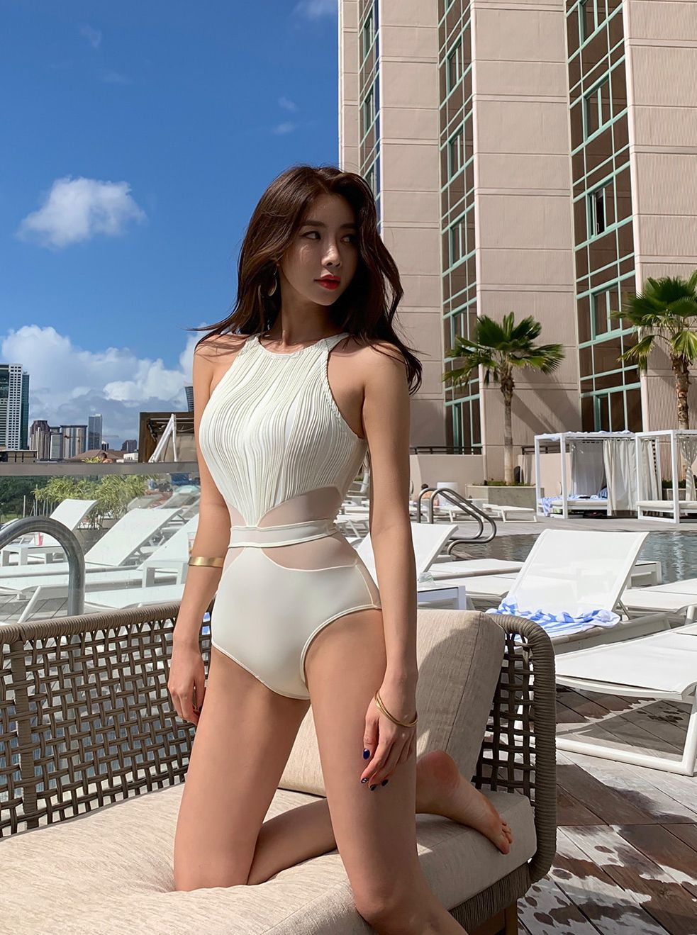 Kwon Byul (191212) White Monokini Swimsuit Set - TruePic.net