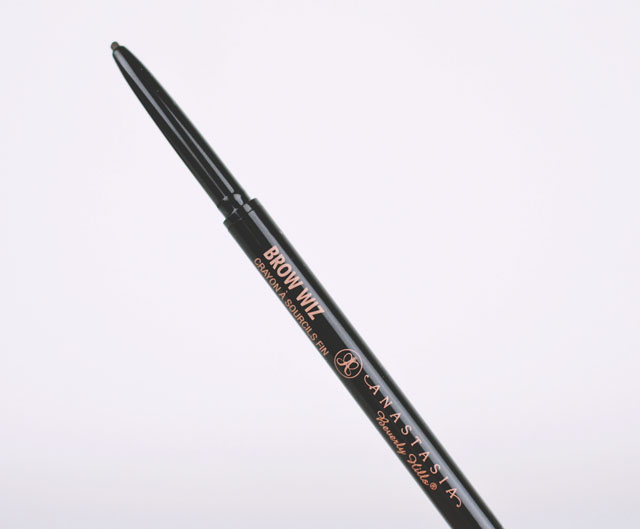 Anastasia Beverly Hills Brow Wiz Dark Brown Review