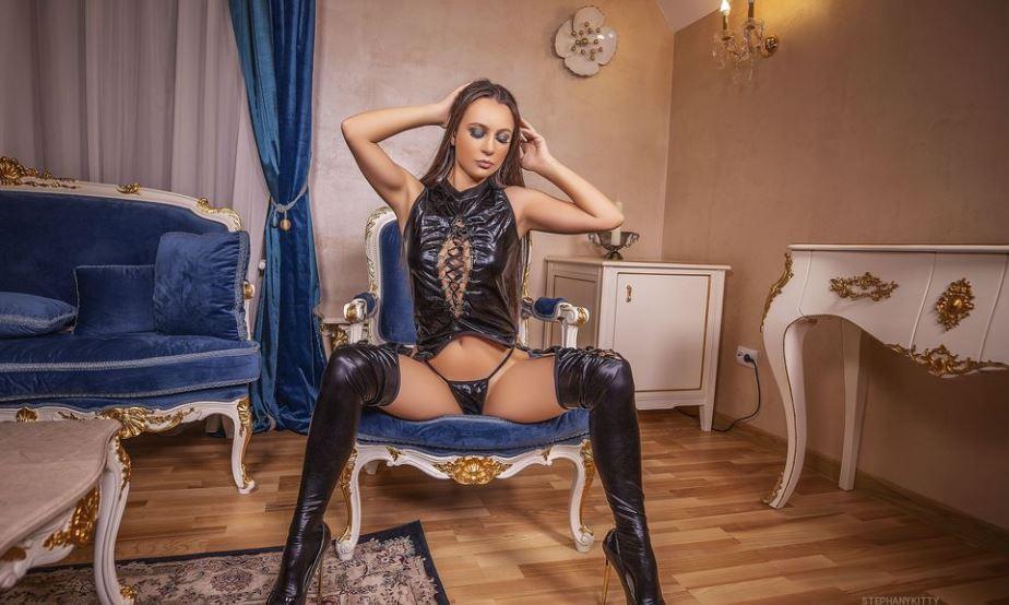StephanyKitty Model GlamourCams