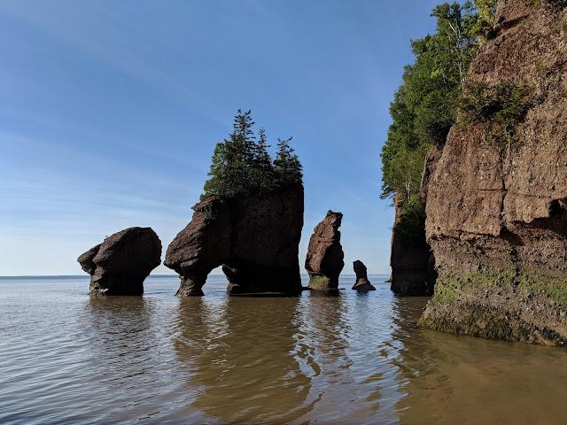 Найвищі припливи у світі - Хоупвелл-Рокс, Нью-Брансвік, Канада (Hopewell Rocks, NB. Canada)