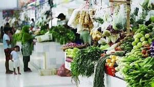5 Hikmah Menemani Istri Belanja Ke Pasar, Para Suami Wajib Tau!