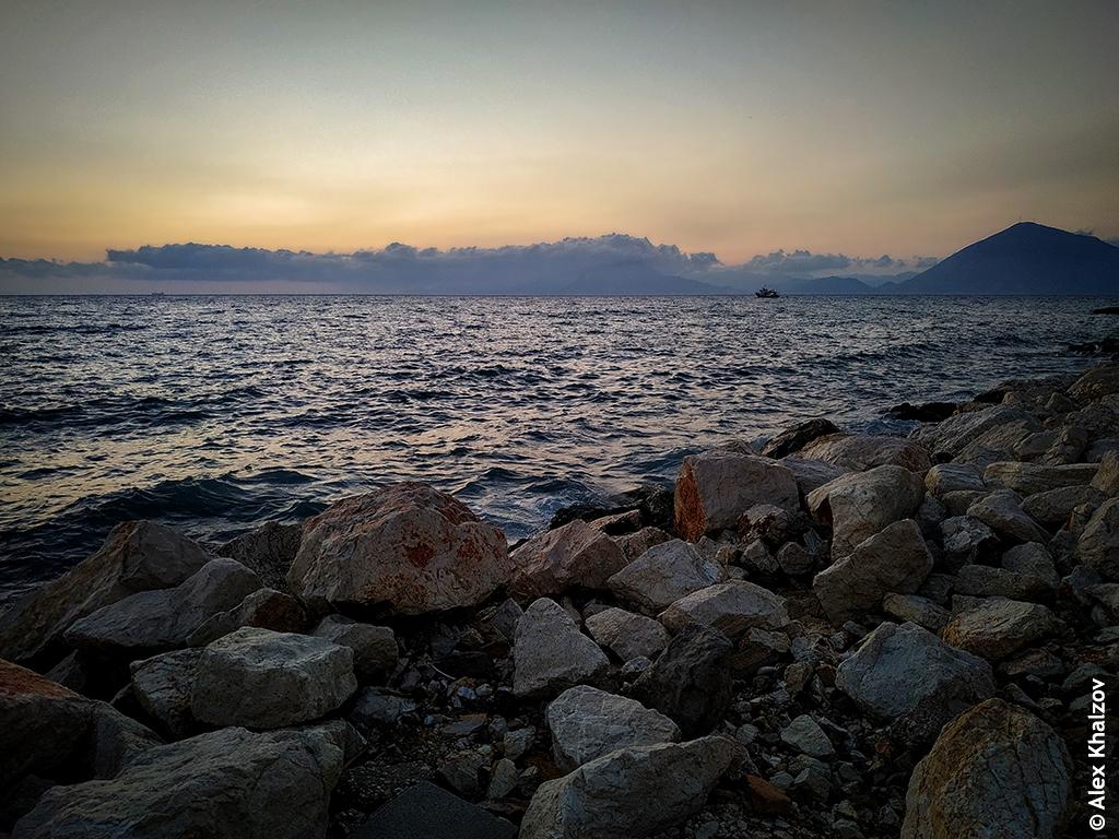 залив Патраикос