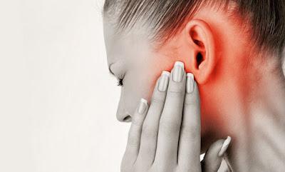5 Obat Tradisional Ampuh Mengatasi Sakit Telinga