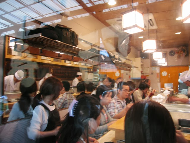 Narrow sushi restaurant, Sushi Dai, Tsukiji Fish Market. Tokyo Consult. TokyoConsult.