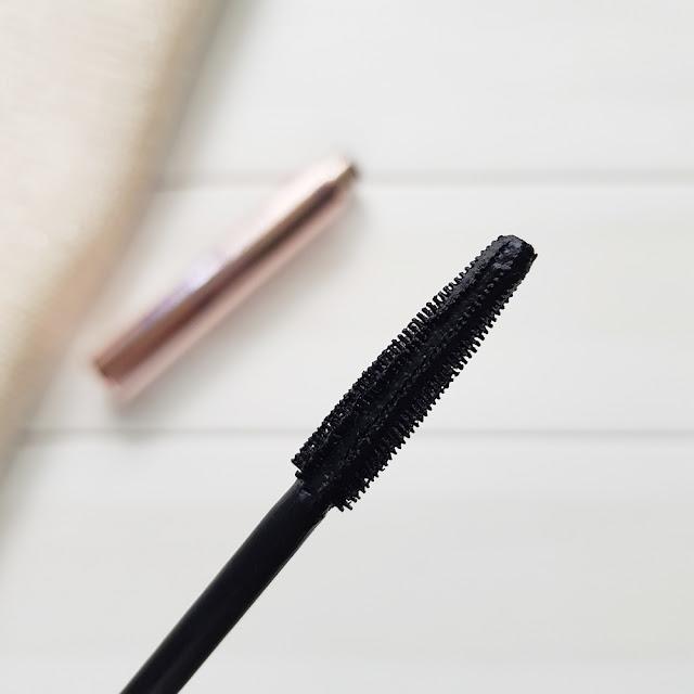 tusz do rzęs Sensique Perfect Beauty mascara szczoteczka