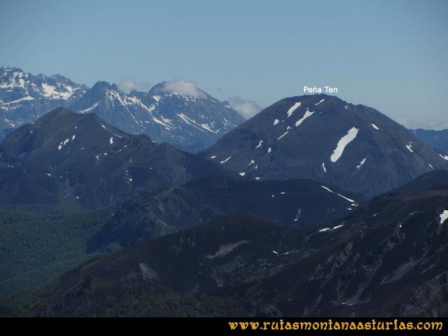 Ruta Les Rapaines, Lago Ubales, Cascayón: Vista de Peña Ten desde Les Rapaínes