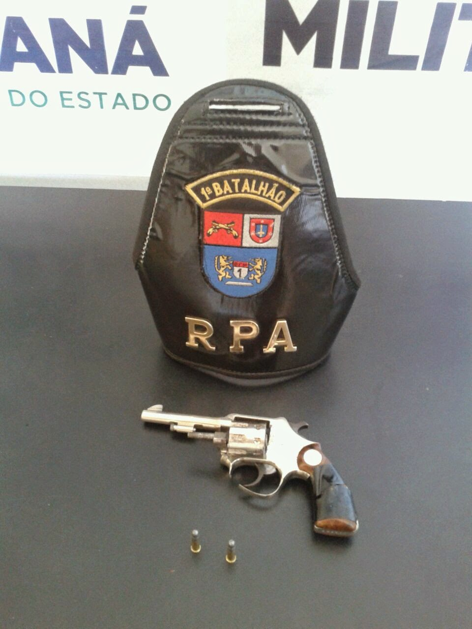 Notícias de Castro, polícia apreende revolver calibre 22 em Castro