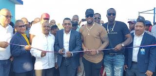 Administrador de la EGEHID deja inaugurado play de béisbol en Canastica ,San Cristóbal