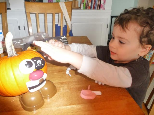 family fun pumpkin carving, pumpkin carving alternative for little kids,