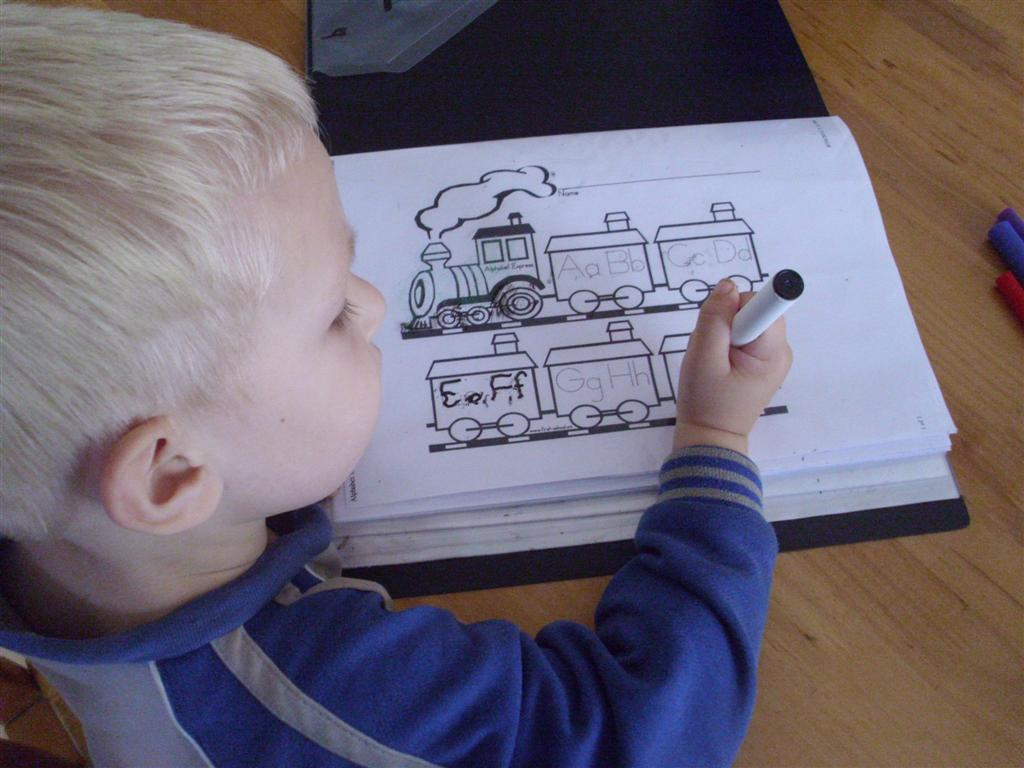 The Do It Yourself Mom Train Themed Preschool Activity Alphabet Trains