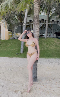 Giảng viên xinh như 'hotgirl' Âu Hà My lần đầu khoe ảnh bikini