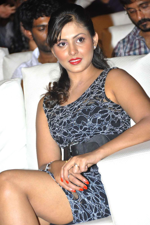 rosy chick sizzling hot Madhu shalini latest hot photos