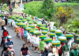 Wisata Budaya Grebeg Syura Baturaden