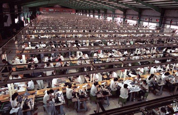 d176c0a9279c Business Ethics Case Analyses  Nike s Sweatshops (2014)