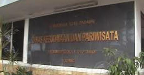 Pemko Padang Gusur Dua Kantor Dinas Demi Pedagang